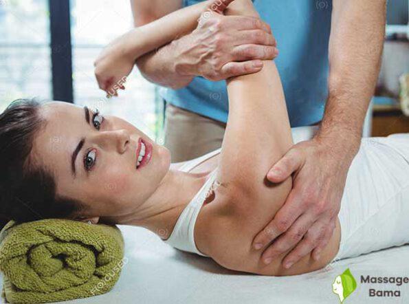 ماساژ بازو برای لاغری